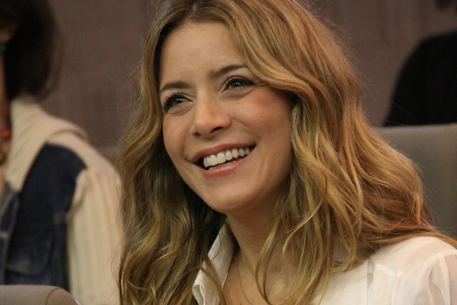"""Christine Fernandes volta à televisão na novela """"O Rico e Lázaro"""""""