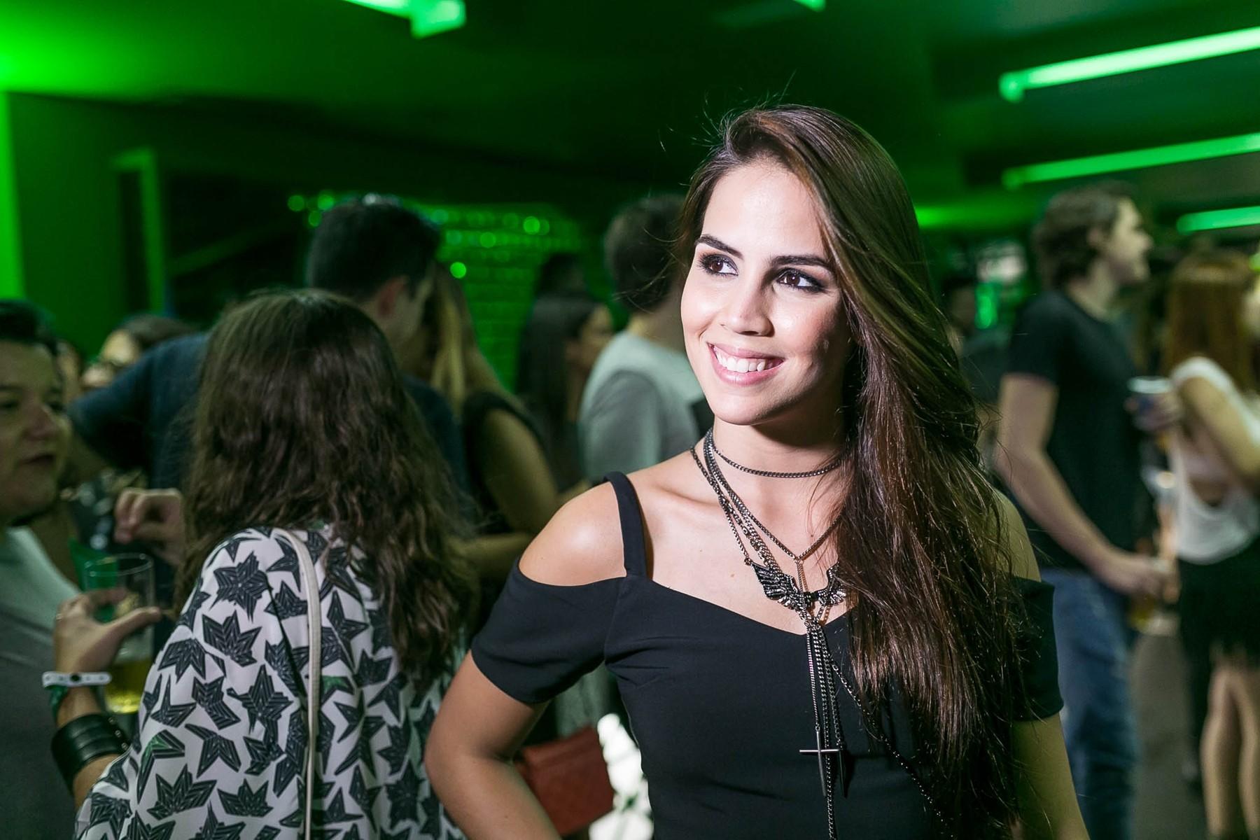 """Pérola Faria e Luísa González dividem personagem na novela """"O Rico e Lázaro"""""""