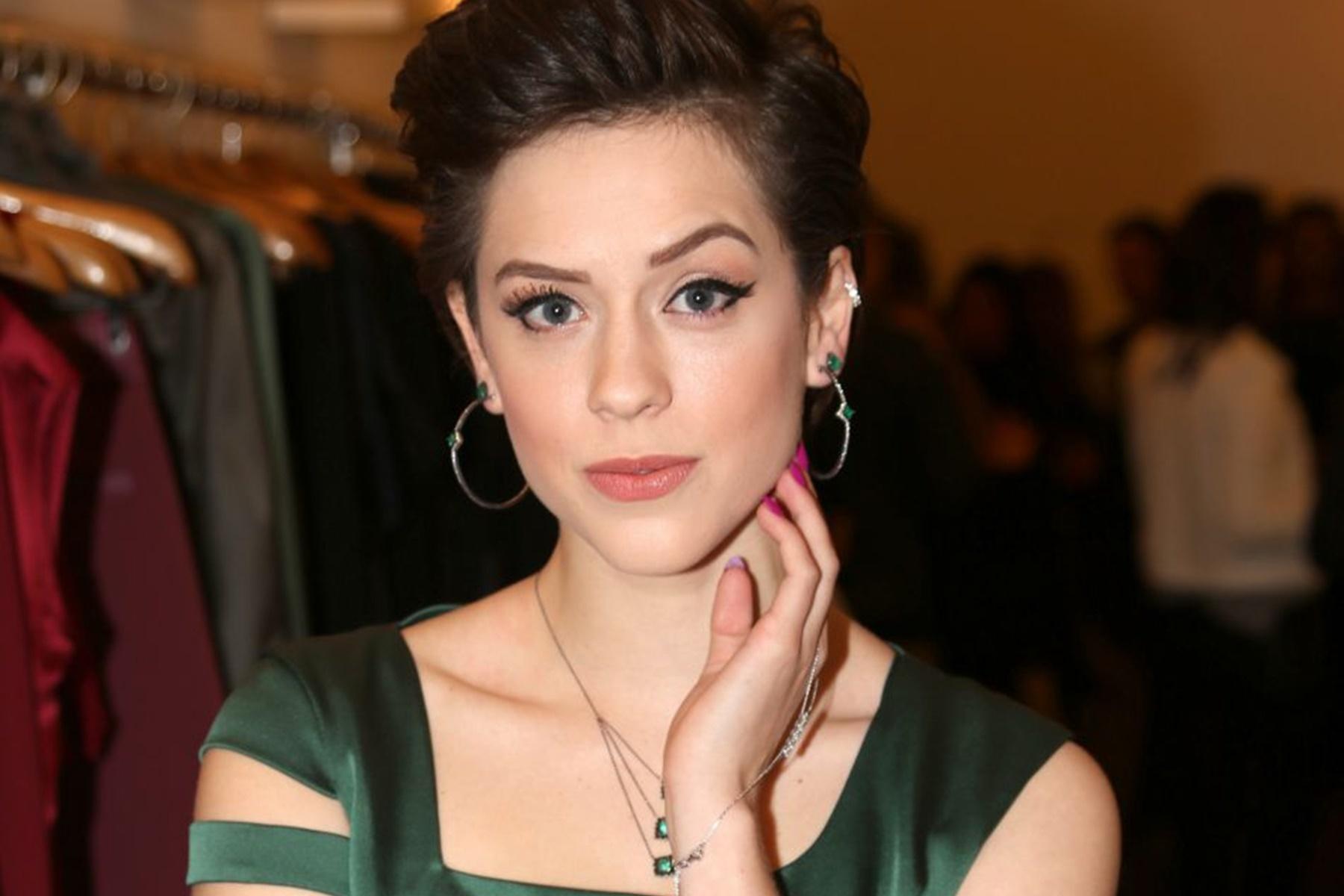 """Sophia Abrahão vai participar da novela """"Rock Story"""""""