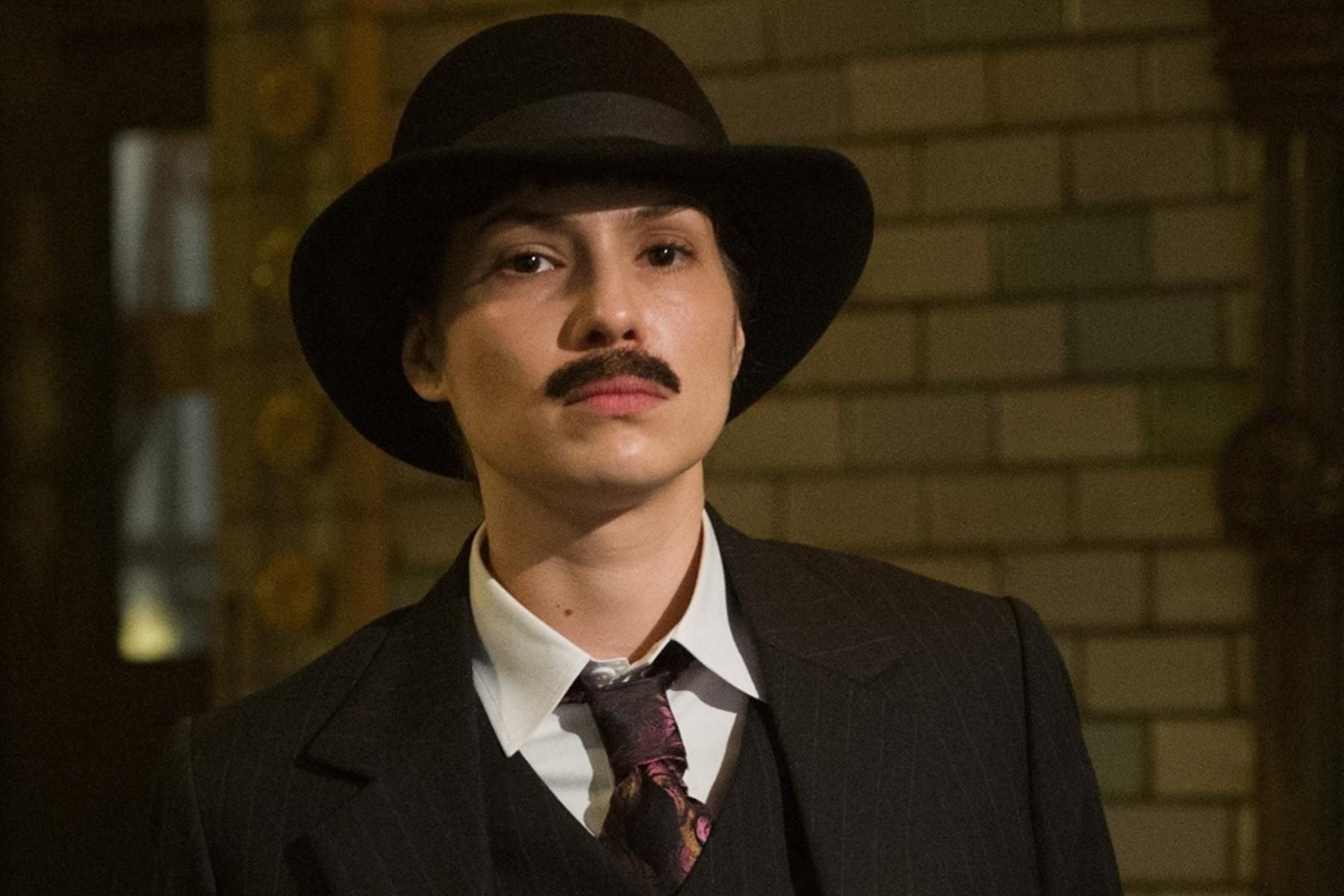 "Alice Assef substitui Maytê Piragibe na peça teatral ""A Serpente"""