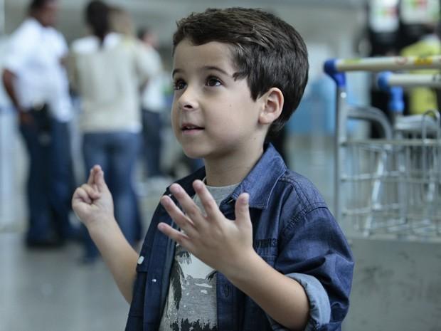 Brasileira descobre que ele tem pau grande e engole tudo wwwamadoras69com - 2 9